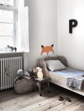 kid-cute-pencil-fox-wall